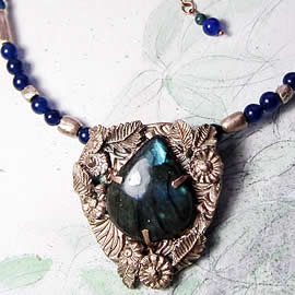 H22X-036 Bronze necklace : beautiful blue Labradorite+blue agat & bronze beads