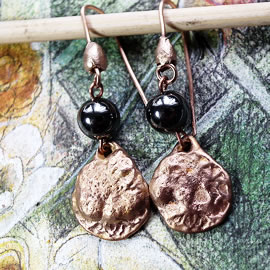 K62a-003 Archeologique style earrings in goldy bronze+hematit beads-unique piece