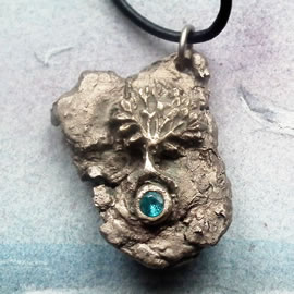 a41a7-009 white Bronze pendant, meteorite-Yggdrasil the celtic tree of life+ blue zirconia
