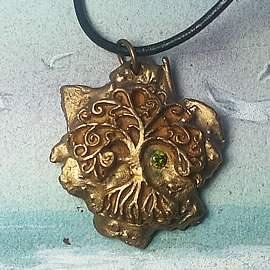 a42a9-005 Bronze pendant, meteorite-Yggdrasil the celtic tree of life+ green zirconia