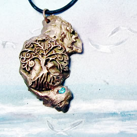 a42a9-035 Bronze pendant, meteorite- Yggdrasil the celtic tree of life+ blue zirconia