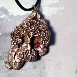 a43a9-036 Copper pendant, meteorite-Yggdrasil the celtic tree of life+red CZirconia