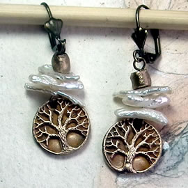 a62a8-028 Gold colour Bronze earrings yggdrasil,celtic tree of life+barrock freshwaterpear