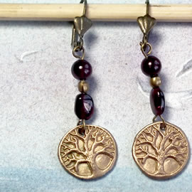 a62a8-013 Gold colour Bronze earrings yggdrasil, the celtic tree of life+ garnet