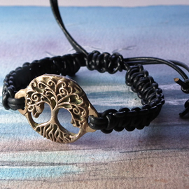 a72b3-005 Ajustable Bronze hand made  Yggdrasil  bracelet  with a leather macrame
