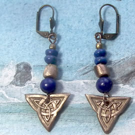 j62a2-024 goldcolor earrings  hand made, Celtic knot, lapis lazuli and bronze beads