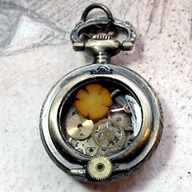 b-4hA-041 little tomantic steampunk pendant/watchcase, gears, orange corall flower
