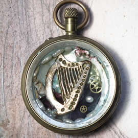 b0hx-021 Pendant beachcombing treasure, celtic harp, pearls, old pocket watch case