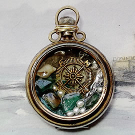 b0hy-031-Pendant beachcombing treasures and pearls  in an old pocket watch case