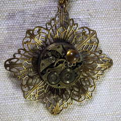 b4fe-012 Steampunk Pendant Stamping bronze colour  filigree & mecanism