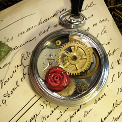 b4hA-001-Steampunk pendant Romantical time, gears and coral flower