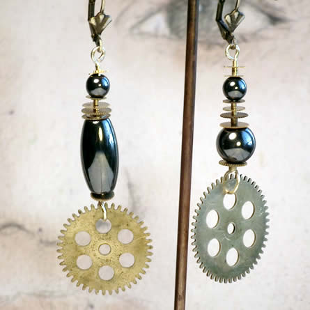 b6fc-007 Steampunk Earrings, clocks and watches gears, 4 hematit beads