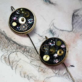b6fi-014 Steampunk earrings, gustav Klimt style  gears,  resin & rainbow swarovski cabs