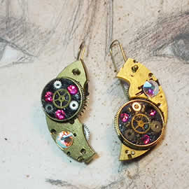 b6fk1-018 Steampunk earrings, gustav Klimt style  gears,  resin & pink swarovski cabs