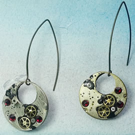 b6fk-026 steampunk earrings, gustav Klimt style gears, resin & red swarovskic cabs