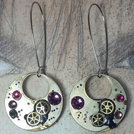 b6fk-036 Steampunk earrings, Gustav Kimt style, black resin, pink swarovskis cabs & gears