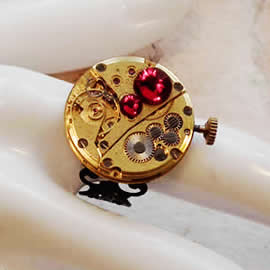 b9fz-021 Steampunk Ring Mechanismus+ Rote Swarovski