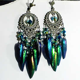d6b5-018 Earrings, 10 beetlewings+ swarovski crystal beads +stamping