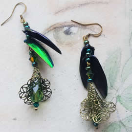 d6bA-032 Earrings beetlewings +Swarovski beads +bronze color filigree stampings