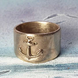 e922-004 Navy Unisexe bronze ring decorated with an Anchor  Us size  8.1/4