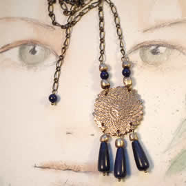 k22Z-007 Necklace Bronze with lapis lazuli drops and beads