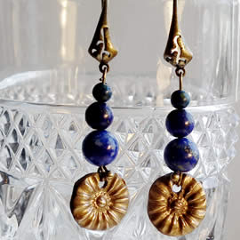 g62a-002 bronze earrings , antic style with azurit & lapis lazuli beads