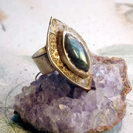 g92X-006 Antic style Ring in bronze &long Labradorite US: 7.1/4 can be widened to  7.3/4