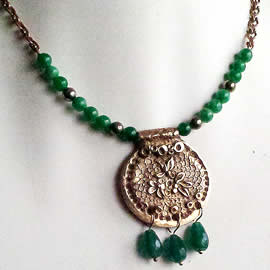 n22a-006 Necklace : bronze medals with treated emerald  drops and beads