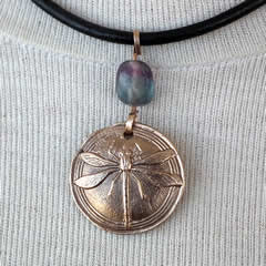 842V-008 Little bronze pendant  :  Dragonfly  and a rainbow  fluorite