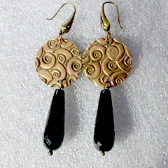 h62a1-011 Earrings bronze+black onyx drop