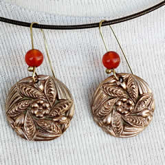 h62a-005 Round Earrings in  bronze,  with cornelian beads