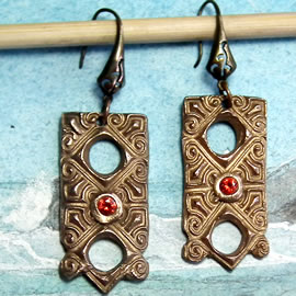 k62a-004 Antik Stil Bronze Ohrringe + rot-orange Zirkonia