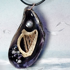 j42m2-059 Pendant-Bronze celtic harp, beautiful violet mussel shell+sweetwater pearls