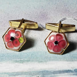 mb5A-033 romantic cufflinks in enamel, gilded metal and  little  pink or blue flowers