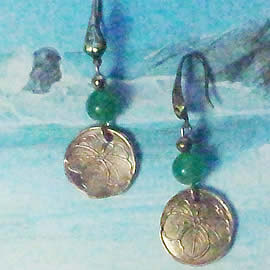 n62A-008 Earrings Bronze art-nouveau decor+green coloured agat beads