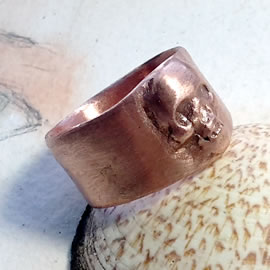 Gothic unisex ring  skull in copper(silverbronze  and goldbronze possible)