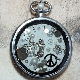 s0h1-019 Pendant , cogs,tiny mermaid,peace and love sign & pearls in an old pocket watch c