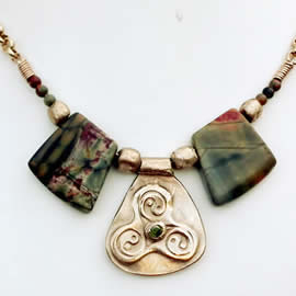 y22a1-019 Necklace Yin/Yang-Triskel with green zirconia, picasso jasper & vintage brass ch