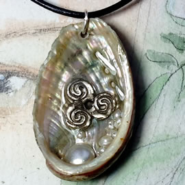 y41t2-102 Celtic pendant, silver-bronze triskelion, abalon shell+freshwater pearls