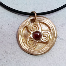 y42a-047 triskelionpendant, bronze or copper+1 halfprecio$us stone,leather ocrd
